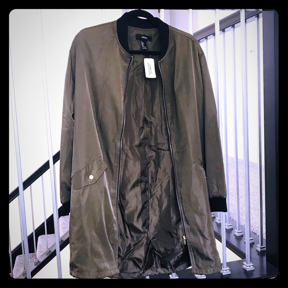 Forever 21 Jackets & Blazers - New Forever 21 military olive green jacket large